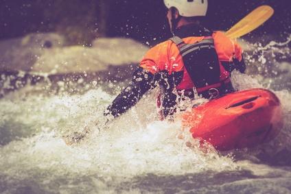 Kayak_vintage_Fotolia_108143024_XS.jpg