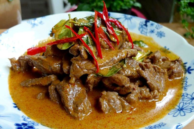 Thai-Red-Beef-Curry-2.jpg